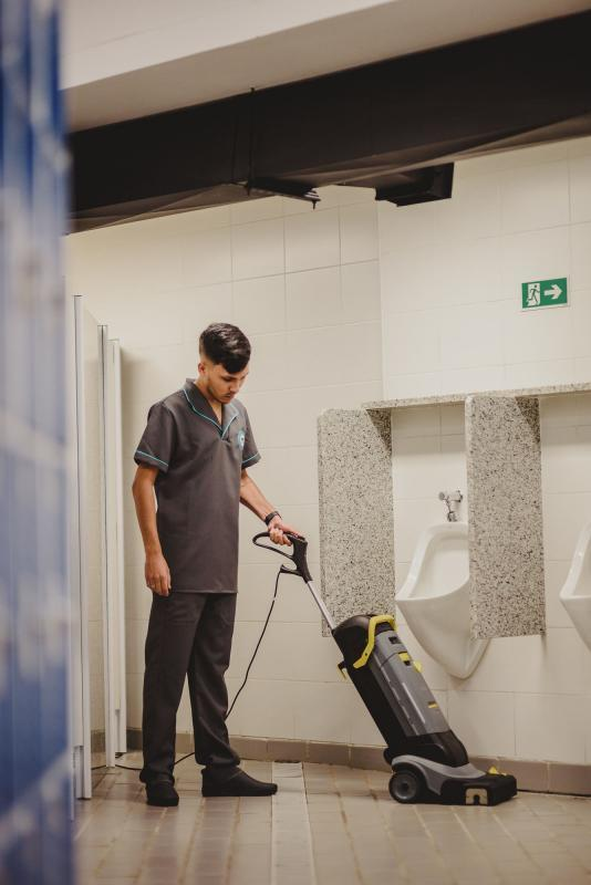Empresa de limpeza de laboratório